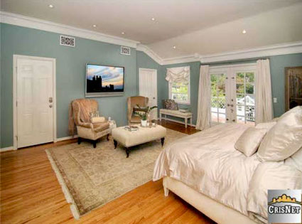Peter Facinelli, Jennie Garth, Toluca Lake Home Sale