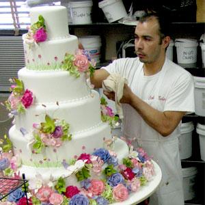 Remy Gonzalez, Cake Boss