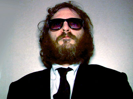 Review: Joaquin Phoenix Documentary I'm Still Here Spoofs ...