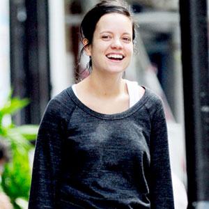Lily Allen Still Very Sick, Getting Stronger After ...