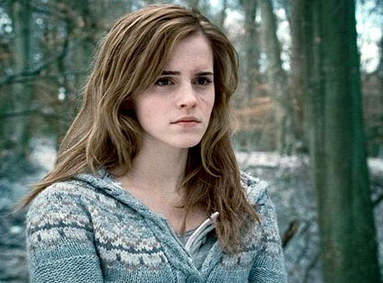 Emmy Watson, Harry Potter and The Deathly Hallows Photos