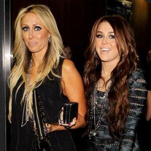 Miley Cyrus, Leticia Cyrus