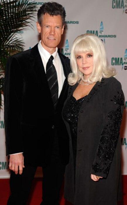 Randy Travis, Elizabeth Travis