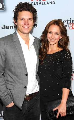 Jennifer Love Hewitt, Alex Beh
