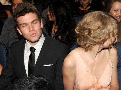 Austin Swift, Taylor Swift