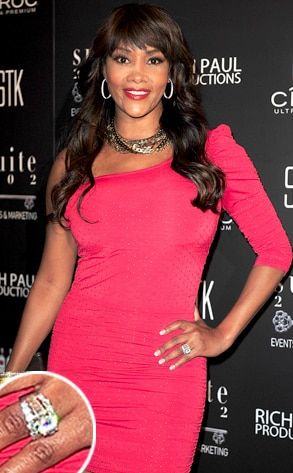 Vivica A. Fox?, Engagement Ring