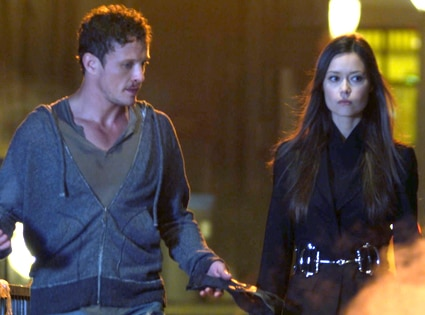 Summer Glau, David Lyons, The Cape
