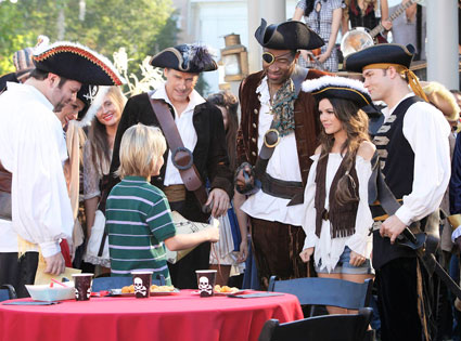 Tim Matheson, Cress Williams, Rachel Bilson, Scott Porter, HART OF DIXIE