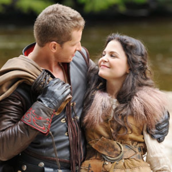 Once Upon A Time Bosses Dish On Mad Guest Stars, David And
