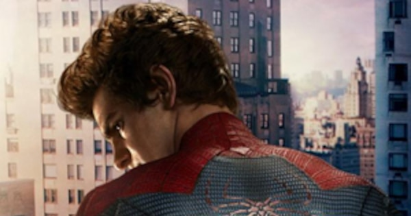 Andrew Garfield Is Naked Under The Spidey Suit EXPOSED