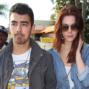 Joe Jonas, Ashley Greene