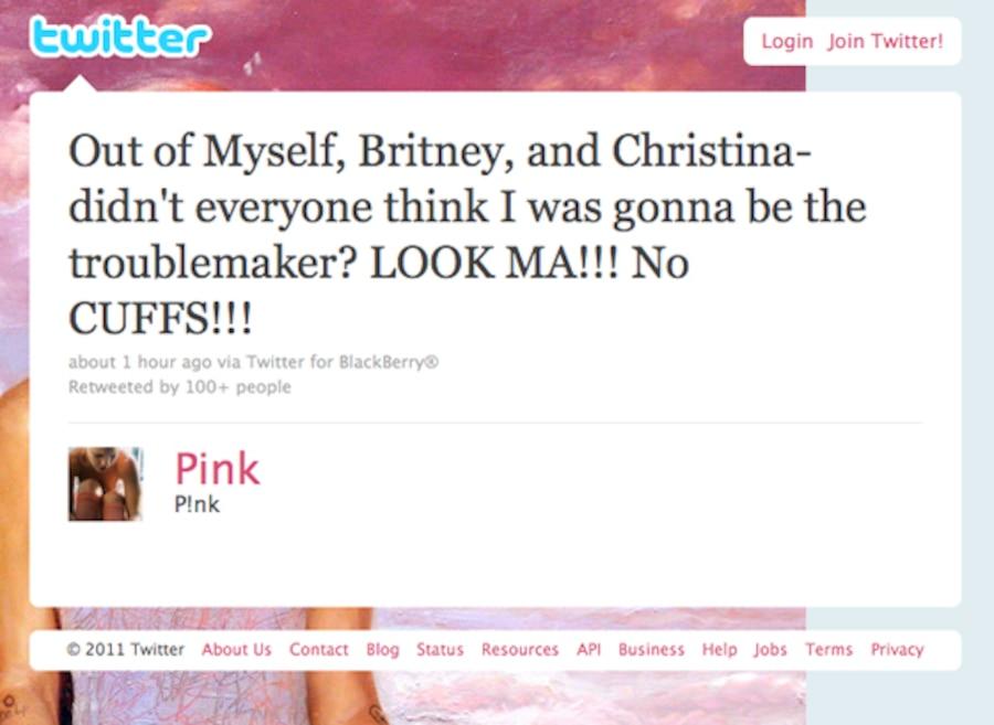 Pink, Twitter