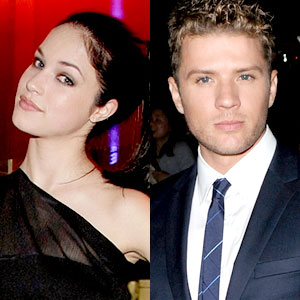 Alexis Knapp, Ryan Phillippe