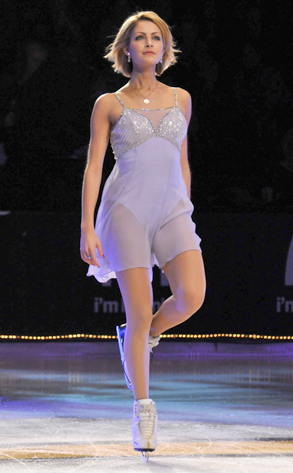 Tanith Belbin Ice Dancing From Top 12 Sporty Lady Hotties