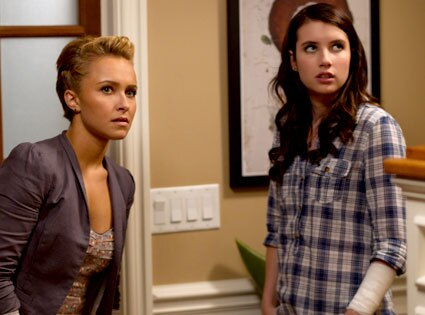 Hayden Panettiere, Emma Roberts, Scream 4