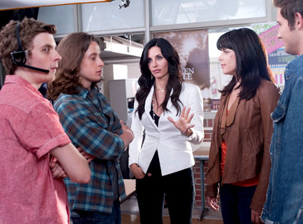 Rory Culkin, Erik Knudsen, Courteney Cox, Neve Campbell, Scream 4