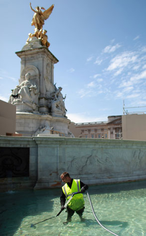 Fountain Workman, Royal Wedding