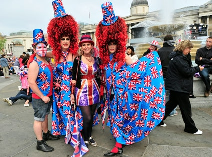 Royal supporters, Hats Gallery