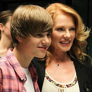 Justin Bieber, CSI, Marg Helgenberger