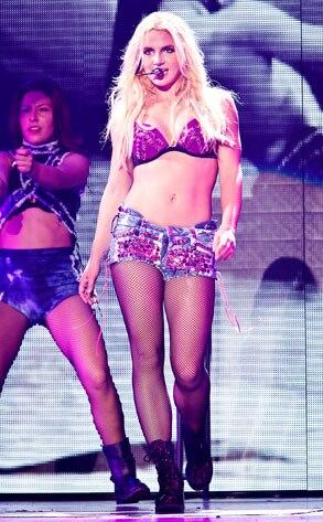 Britney Spears, Femme Fetale, Costumes