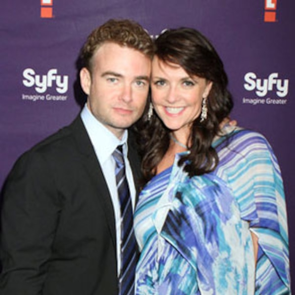 Robin Dunne & Amanda Tapping from 2011 Syfy/E! Comic-Con ...