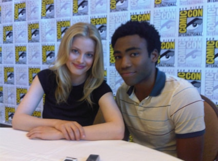Donald Glover, Gillian Jacobs, Twitter