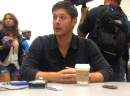 Jensen Ackles, Twitter