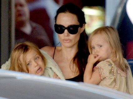 Angelina Jolie, Vivienne Jolie-Pitt, Knox Jolie-Pitt