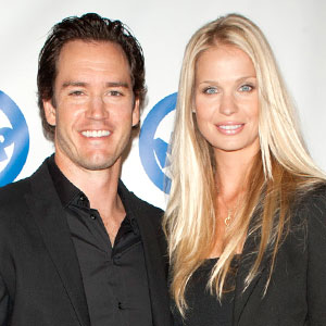 Mark-Paul Gosselaar, Catriona McGinn