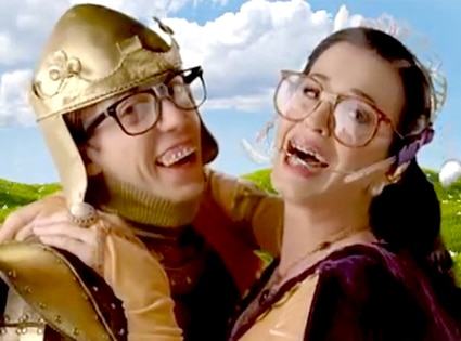 Kevin McHale, Katy Perry