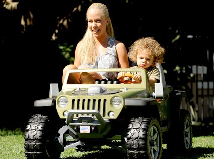 Kendra Wilkinson, Hank Baskett IV