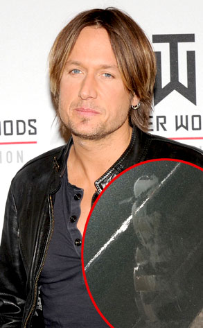 Keith Urban, Shoe Print