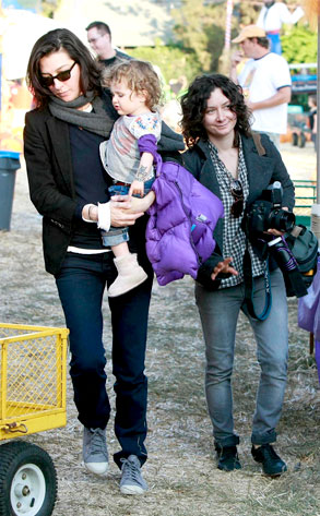 Sara Gilbert, Allison Adler