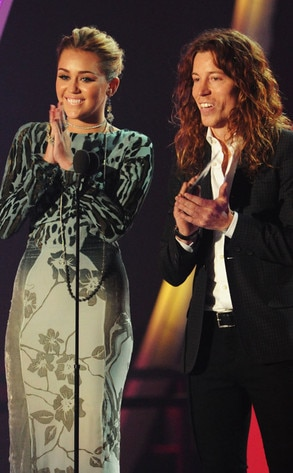 Miley Cyrus, Shaun White