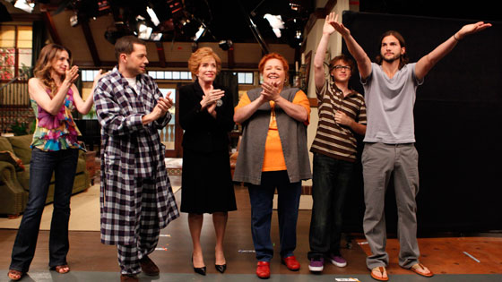 Two and a Half Men, Marin Hinkle, Jon Cryer, Holland Taylor, Conchata Ferrell, Angus T. Jones, Ashton Kutcher