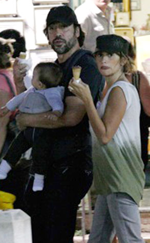 Penelope Cruz, Javier Bardem, Leo Bardem