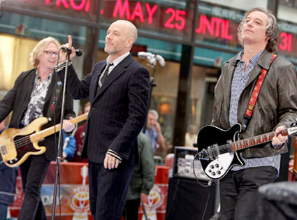 Mike Mills, Michael Stipe, Peter Buck, R.E.M.