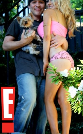 Courtney Stodden, Facebook