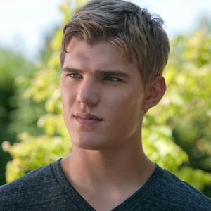 Chris Zylka, The Secret Circle