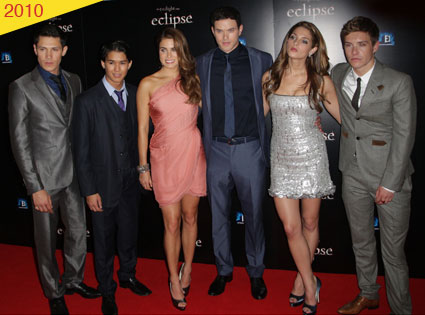 Alex Meraz, Booboo Stewart, Nikki Reed, Kellan Lutz, Ashley Greene, Xavier Samuel