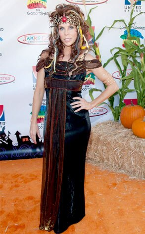 cheryl hines from best celebrity halloween costumes e news