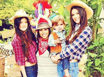 Kendall Jenner, Kylie Jenner, Kourtney Kardashian, Mason Disick
