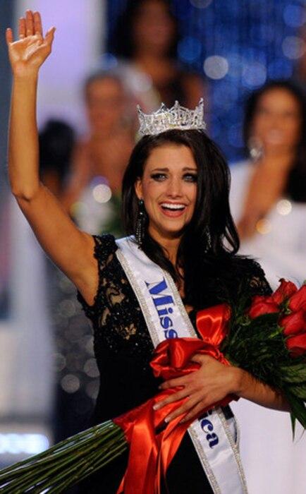Laura Kaeppeler, Miss Wisconsin