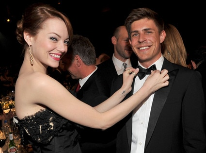 Emma Stone, Chris Lowell