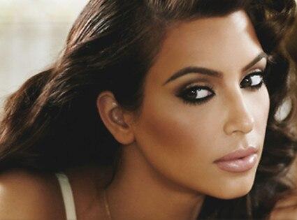 Kim Kardashian, Twitter