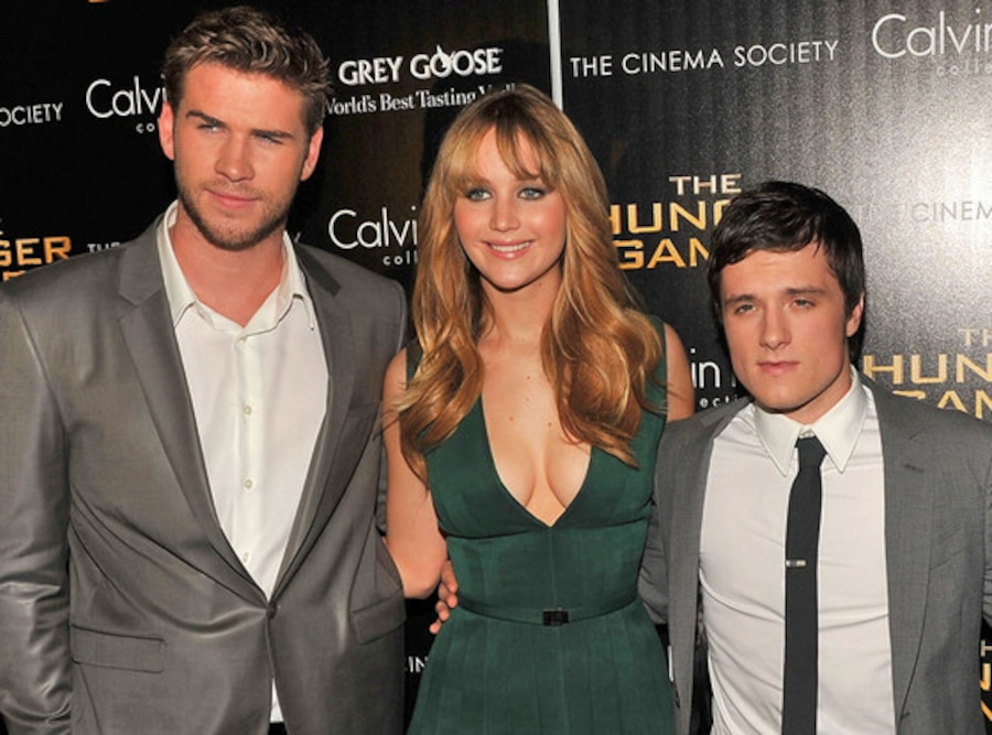 Liam Hemsworth, Jennifer Lawrence, Josh Hutcherson, Isabelle Fuhrman