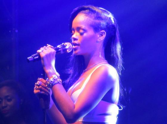 Rihanna, 777 Tour
