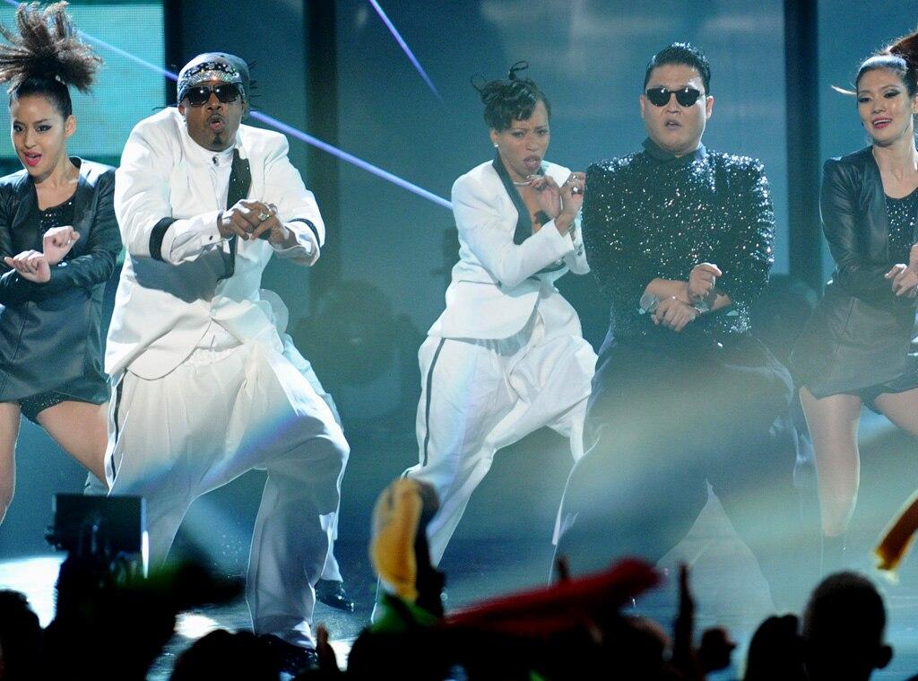 MC Hammer, Psy, AMA Show