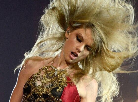 Taylor Swift, AMA Show