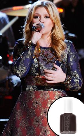 Kelly Clarkson, Essie